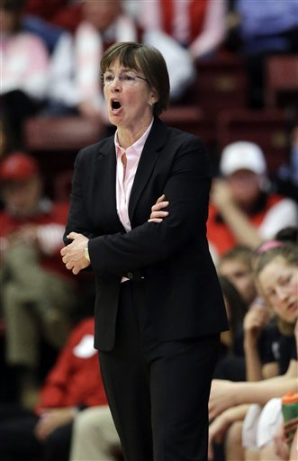 No. 4 Stanford women beat Arizona State 69-45