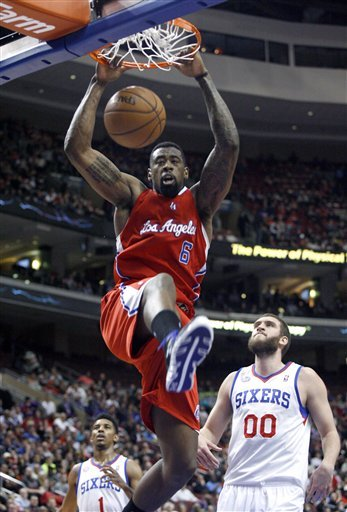 Paul, Griffin help Clippers cruise past 76ers