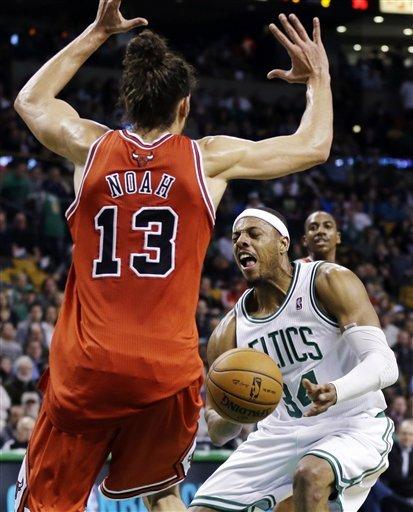 Celtics hold on for 71-69 win over Bulls