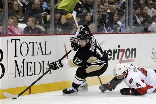 Neal scores twice, Penguins beat Senators 4-2