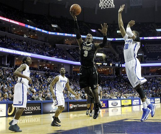 Jackson leads No. 22 Memphis past UCF 93-71