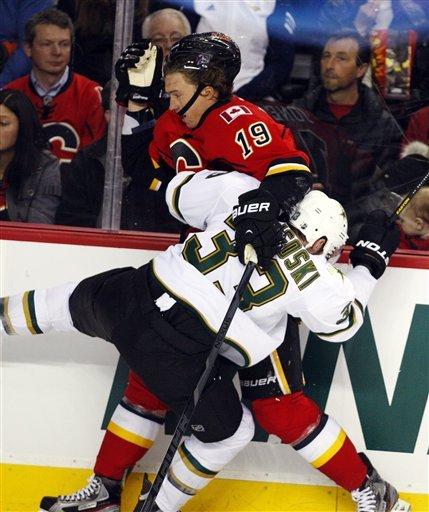 Cammalleri has hat trick, Flames beat Stars 7-4