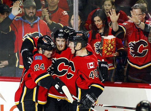 Cammalleri has hat trick, Flames beat Stars 7-4