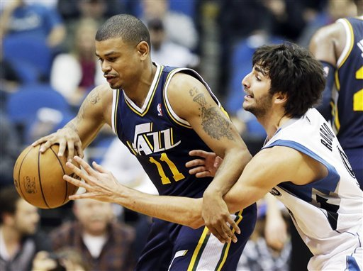 Jefferson powers Jazz over Wolves 97-93