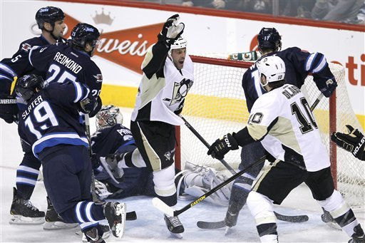 Adams scores 2 to lift Pens to 3-1 win over Jets