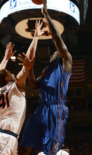 No. 7 Florida races to 83-52 win over Auburn