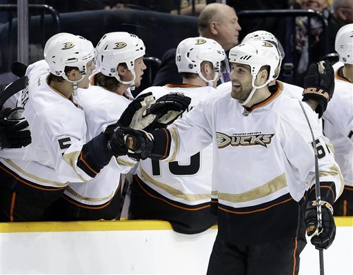Bonino, Perry lift Ducks to SO win over Predators