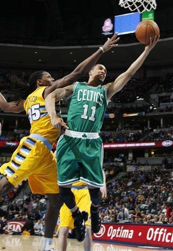 Gallinari, Lawson lead Nuggets past Celtics