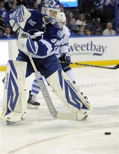 Stamkos scores 10th goal, Lightning top Leafs 4-2