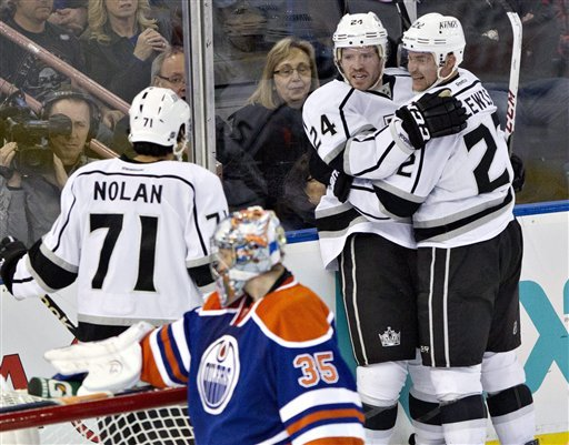 Carter's late goal lifts Kings over Oilers 3-1