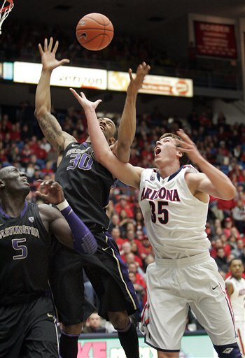 No. 12 Arizona beats Washington 70-52