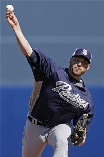 Gyorko slam leads Padres over Mariners 9-3