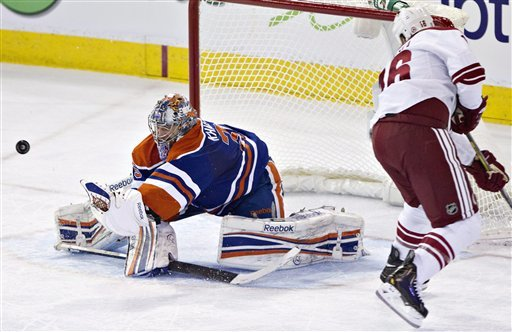 Eberle leads Oilers past Coyotes 3-2 in shootout