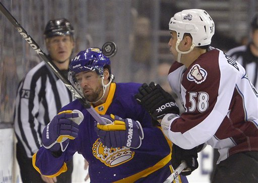 Kings beat Avalanche 4-1 for 3rd straight win