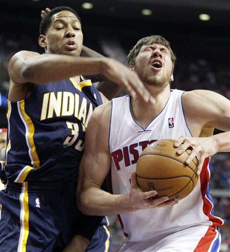 West, Pacers earn home-and-home sweep of Pistons