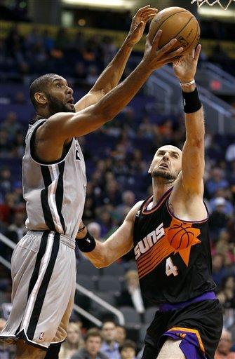Mills, Leonard lead balanced Spurs past Suns 97-87
