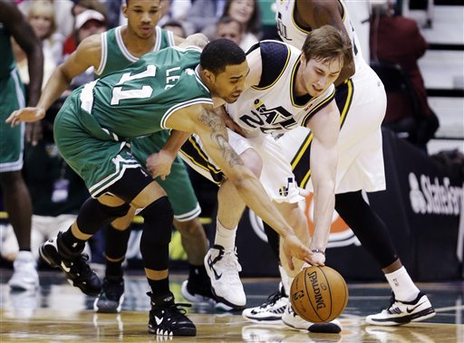 Pierce lifts road-weary Celtics over Jazz in OT