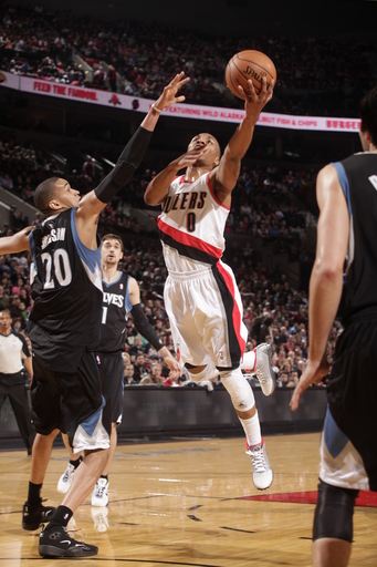 Lillard's 24 points lead Blazers past Timberwolves