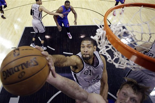 Spurs rout Pistons 114-75 without injured Parker