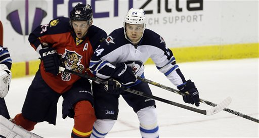 Panthers beat Jets 4-1 for fourth home win
