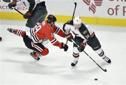 Blackhawks extend points streak with win over Wild