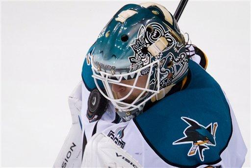 Pavelski scores SO winner as Sharks top Canucks