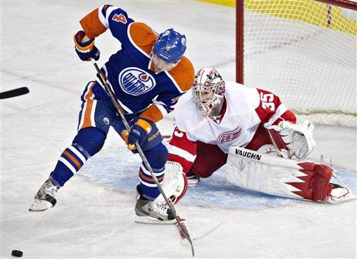 Datsyuk's OT goal lifts Red Wings past Oilers