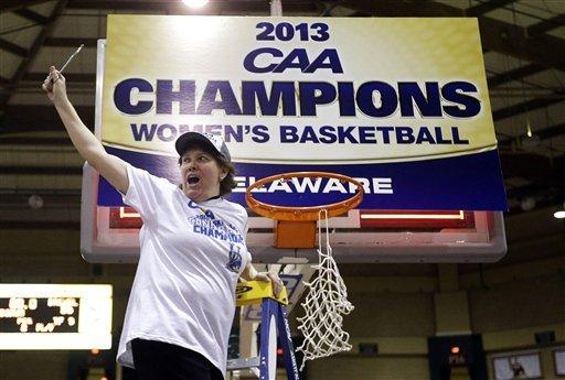 No. 15 Delaware women beat Drexel 59-56 to win CAA