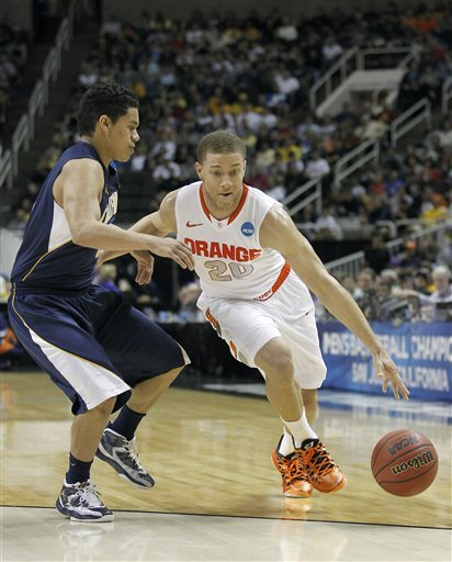 Syracuse tops California 66-60 to advance at NCAAs