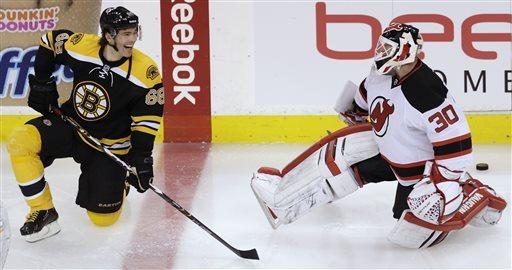 Jagr scores in Bruins debut, Boston beats NJ 1-0