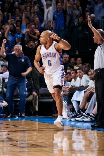 Thunder top Spurs 100-88 in key West showdown