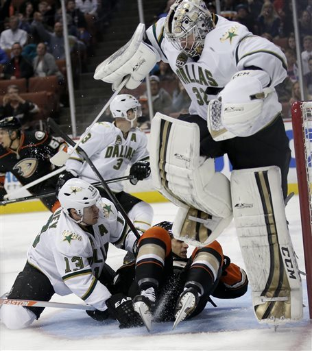 Chiasson's 1st goal lifts Stars over Ducks
