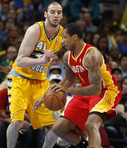 Nuggets tie team mark with 20th straight home win