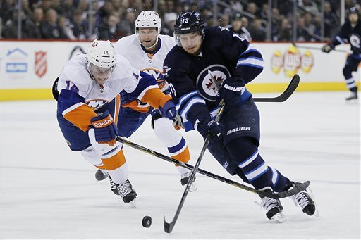 Tavares scores SO winner, Islanders top Jets 5-4