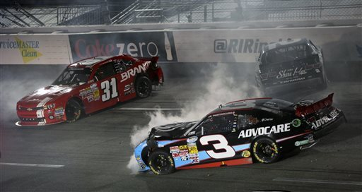 Keselowski rallies in Nationwide race at Richmond