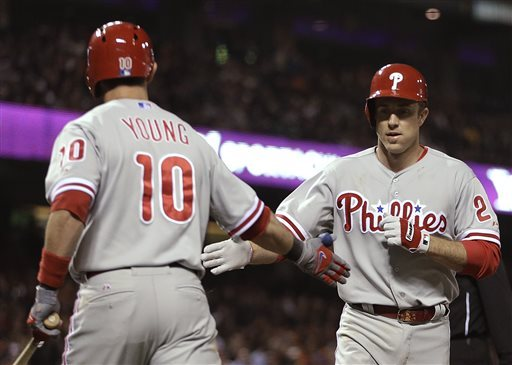 Utley, Howard homer as Phillies beat Giants 6-2