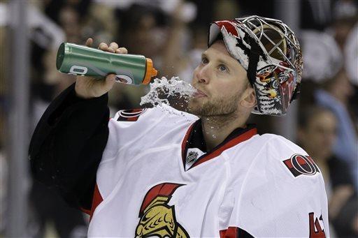 Penguins top Senators 4-1 to take series opener