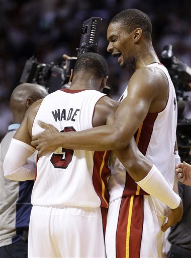 Wade shakes off pain when Heat need him most