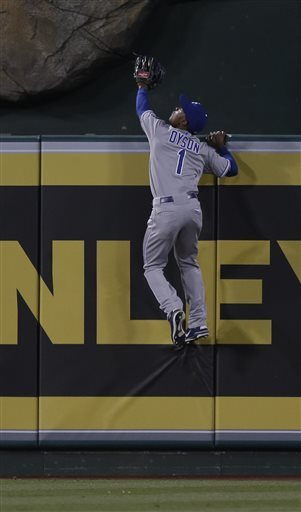 Royals beat Angels 9-5 with 7-run 3rd inning