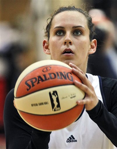 ACL tears behind her, Gemelos chases place in WNBA