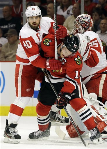 Young Red Wings have evened series with Blackhawks