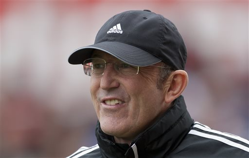 Pulis leaves as Stoke manager by mutual consent