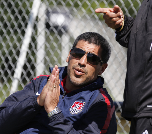 Ex-US captain Reyna to direct NYC soccer team