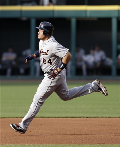 Cabrera, Tigers down Indians 11-7 on rainy night