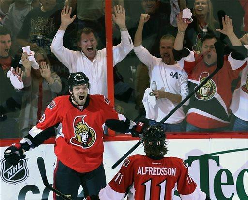 Penguins rout Senators 7-3, take 3-1 series lead