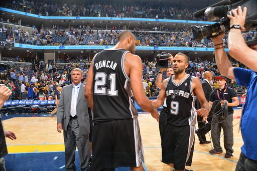 Spurs take 3-0 lead, beat Grizzlies 104-93 in OT