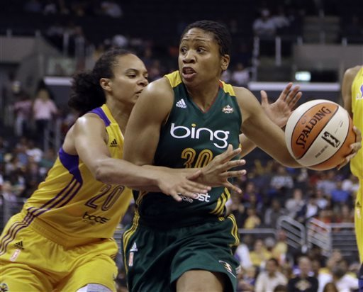 Sparks rout Storm 102-69 in season opener