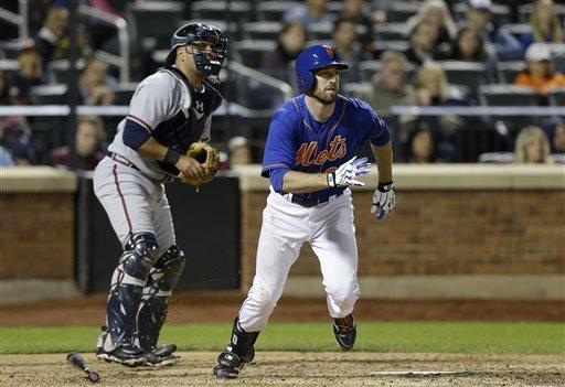 Davis breaks out in clutch, Mets rally past Braves
