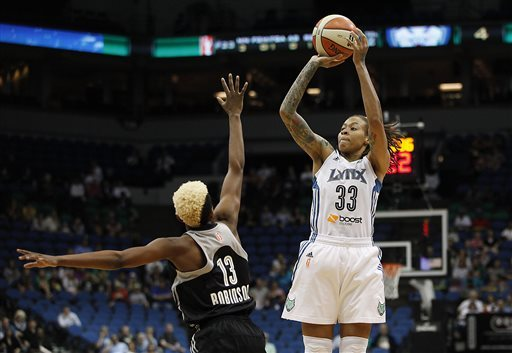 Lynx beat Silver Stars for 11th straight home win