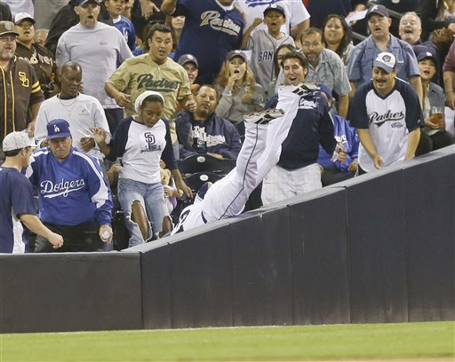 Ciriaco, defense lead Padres over Dodgers, 6-3